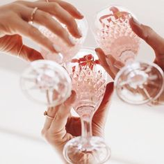 GIRLBOSS MOOD: Cheers to our girl gang! Orange Party, Enjoy The Little Things, Pink Champagne, Champagne Party, Champagne Toast, Champagne Glasses, Mean Girls, Girl Boss, Party Planning