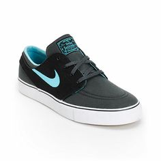 A durable low-profile canvas Nike SB Zoom Stefan Janoski pro model skate shoe that showcase a durable Anthracite and Black canvas upper, double stitched perforated toe cap, vulcanized white rubber outsole with black foxing for better board feel and flexib