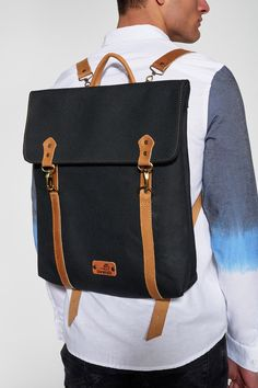 BONENDIS - LONDON BLACK BACKPACK #Ozonboutique #london #bonendis #canvas #handmade #backpack #bag