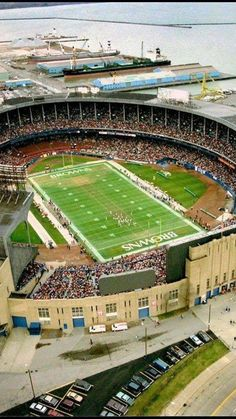 Great view of Cleveland Municipal Stadium, home of the Browns and the Indians