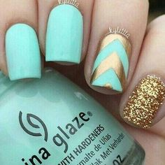 Turquoise with glittery gold #nail #nailart #glitter #womentriangle