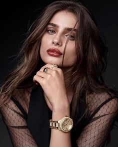 Amazing #TaylorHill for #MichaelKors Holiday 2016, I'm big fan of Michael Kors watches #sergiorossi2016