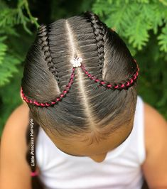 Lately, I've seen this style in different accounts. It's really beautiful 💕💕. So I will mention the accounts that I have seen them and inspired me to do it. 😊😊 🌹🌹🌹🌹 Swipe for another view ➡️➡️➡️ ——————————————————————————— Dope Hairstyles, Princess Hairstyles, Braid Styles, Little Princess, Dreads, Pj, Inspired, Inspiration, Beauty