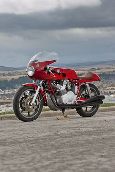 MV Agusta 750 S 1975 by Willie DeWitt
