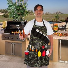 Provide an essential upgrade to your outdoor cooking by selecting this EZ Drinker Grill Master Grill Apron Holds Beverages and Tools in Camouflage. Grill Apron, Bbq Apron, Tin Foil Dinners, First We Feast, Spice Bottles, Grilling Tips, Simply Recipes, Grill Master, Charcoal Grill