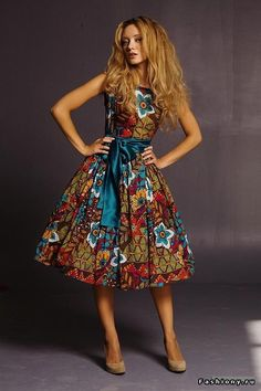 756750d4ae241 50s Dresses, Vintage Dresses, Summer Dresses, Sewing Tutorials, New Look,  Vogue