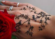 henna design... want!