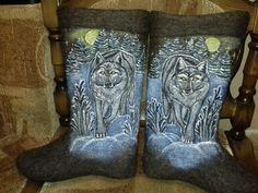 """Мужские валенки """"Волк в ночном лесу"""""""