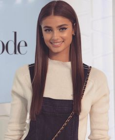 New hair goals brunette taylor hill 47 ideas Taylor Marie Hill, Taylor Hill Style, Taylor Hill Hair, Pelo Chocolate, Pretty People, Beautiful People, Mode Inspiration, Pretty Face, New Hair