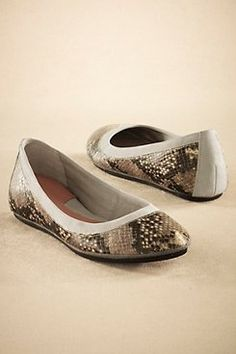 #Shoes Flat-Tastic Flats Over 60% off @ Soft Surroundings Outlet. Found on DealsAlbum.com.