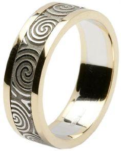 Ladies 14k Gold Newgrange Spiral Wedding Band with Rims