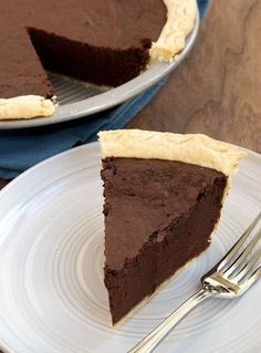 Hot Fudge Pie is tall, dark, delicious, and all about the chocolate! - Bake or Break Hot Fudge Pie, Homemade Hot Fudge, Homemade Breads, No Bake Desserts, Just Desserts, Delicious Desserts, Pudding Desserts, Baking Desserts, Best Chocolate Desserts