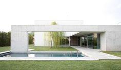 53e01fe5c07a8018740000f2_casa-r-o-bianco-gotti-architetti_r_o_house_02.jpg (2000×1165)
