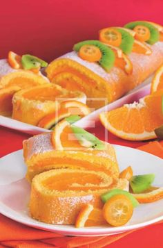 Roll with orange cream for dessert or snack Italian Desserts, Italian Recipes, Sweets Recipes, Wine Recipes, Kolaci I Torte, Torte Cake, Rainbow Food, Yummy Cakes, Finger Foods