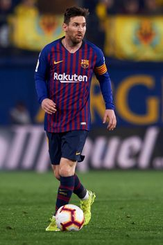 VILLAREAL, SPAIN - APRIL 02: Lionel Messi of FC Barcelona in action during the La Liga match between Villarreal CF and FC Barcelona at Estadio de la Ceramica on April 02, 2019 in Villareal, Spain. (Photo by Quality Sport Images/Getty Images) Fc Barcelona, Lionel Messi Barcelona, Barcelona Soccer, Messi Soccer, Messi 10, Nike Soccer, Soccer Cleats, Villarreal Cf, Leonel Messi
