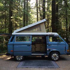 Pop it like its hot! 1984 VW Vanagon Westfalia