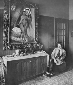 Max Pechstein in his house in Berlin-Zehlendorf, German expressionist painter and printmaker, and a member of the Die Brücke group. Photo by Waldemar Titzenthaler Emil Nolde, Art Dégénéré, Karl Schmidt Rottluff, Monument Men, Degenerate Art, Ernst Ludwig Kirchner, Berlin Photos, Bad Art, Artists And Models