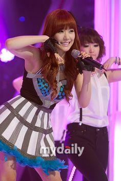 Girls' Generation's Tiffany admits to watching Yuri's 'Fashion King' over YoonA's 'Love Rain' #allkpop #kpop #SNSD #GirlsGeneration