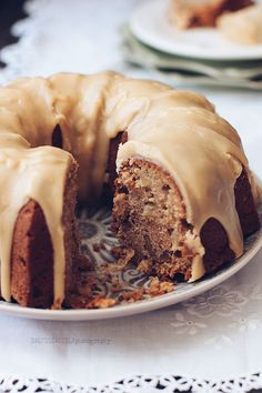 Raquel's Kitchen - english version-: Apple and Walnut Bundt Cake