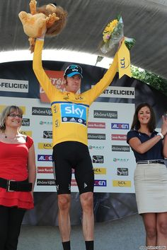 Bradley Wiggins (Sky), whether he likes it or not, continues as the race leader