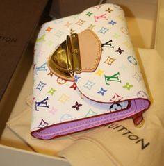 Women Fashion Style New Collection For Louis Vuitton Handbags, LV Bags to Have Louis Vuitton Handbags, Purses And Handbags, Vuitton Bag, Louis Vuitton Online Store, Zapatos Louis Vuitton, Fab Bag, Designer Handbags On Sale, Designer Bags, Louis Vuitton Wallet