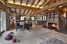 Living Room, Fireplace // Wohnzimmer mit Kamin