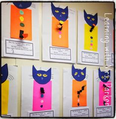Children make their own Pete the Cat and create their own subtraction problems. This later becomes a bulletin board display inspired by the book Pete the Cat and His Four Groovy Buttons. Subtraction Kindergarten, Subtraction Activities, Kindergarten Crafts, Math Activities, Preschool Activities, Preschool Boards, Numeracy, Pete The Cat Art, Pete The Cat Buttons