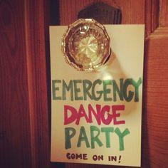 thatssowoolard:  Emergency Dance Party… come on in! #fangirl #reblogbookclub #rainbowrowell