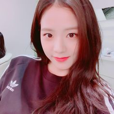 sooyaaa Take care of the cold blinks I hope to see you all very soon❣️ Jisoo My baby Blackpink Jisoo, Namjin, Yg Entertainment, K Pop, South Korean Girls, Korean Girl Groups, Banda Kpop, Close Up, Rapper