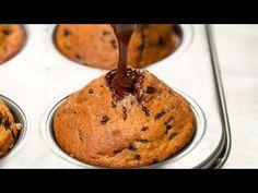 Ty nejchutnější a nejjednodušší muffiny – tohle bude nejoblíbenější deze. Cupcakes, Clean Eating Recipes, Cheesecakes, Macarons, Donuts, Beverages, Food And Drink, Sweets, Breakfast