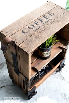 1 X Old Vintage Wooden Tea Chest Crate Side Table Coffee Furniture Antique Furniture
