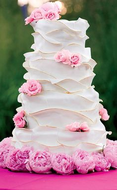 Beautiful #wedding #Cake - love the ruffles and pink peonies! http://everybrideswedding.weebly.com/