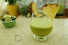 Il Centrifugato Salva linea ha proprietà drenanti e anti cellulite, grazie all'azione decongestionante dell'ananas e a quella diuretica del cetriolo.