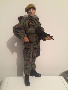 http://www.onesixthwarriors.com/forum/sixth-scale-action-figure-news-reviews-discussion/852622-wild-geese-1977-mercenary.html