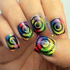 Cute And Creative Swirl Nail Art http://hative.com/cute-and-creative-swirl-nail-art/