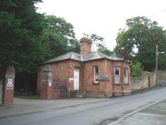 Kilrock House Gate Lodge by JP, via Geograph