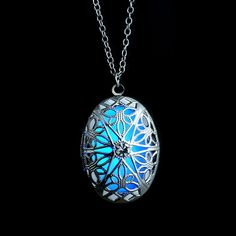 b87ad0d1ac07 Hollow Out Glow In The Dark Steampunk Luminous Locket Pendant Necklace  Collares Finos