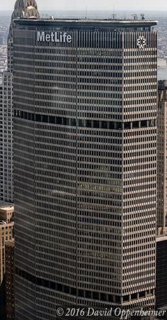 https://flic.kr/p/K5Dr2K   MetLife Building - 200 Park Avenue in NYC   MetLife building - 200 Park Avenue in Manhattan- © 2016 David Oppenheimer - Performance Impressions photography archives - www.performanceimpressions.com