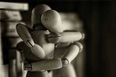During this time when it's difficult to see some of our friends or loved ones, how can we surprise them with a virtual hug? Behavior Change, Human Behavior, Hug Day Images, Happy Hug Day, Wooden Dummy, Effective Communication Skills, Fake Relationship, Psychological Science, Mental Health Services