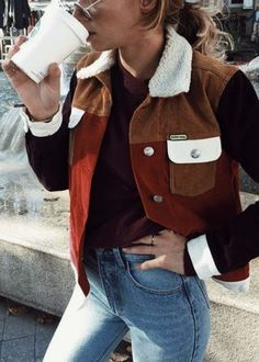 aa4ee69284a Color block fitted jacket with wool collar.