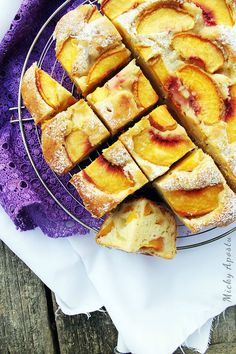 Prajitura de vara, cu piersici - Din bucatarie, cu pasiune Bon Appetit, Apple Pie, My Recipes, Cooking, Desserts, Food, Kitchen, Tailgate Desserts, Deserts