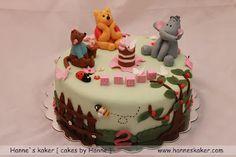 Hanne`s kaker - [ cakes by Hanne ]: Ole Brumm og hans venners kake Winnie The Pooh Cake, Friends Cake, Birthday Cake, Birthday Ideas, How To Make Cake, Christening, Cakes, Baking, Party
