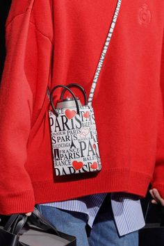 Balenciaga Fall 2019 Ready-to-Wear Fashion Show - Vogue Fashion Bags, Fashion Backpack, Fashion Show, Balenciaga Bag, Lanvin, J Bag, Women Accessories, Fashion Accessories, Gucci Handbags