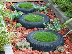 Gartenideen mit alten Haushaltssachen - Alte Reifen mit Rasen als Gartenweg