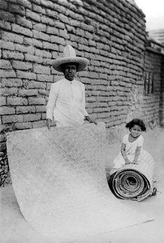 Vendedor de petates en el pueblo de Iztapalapa año 1912