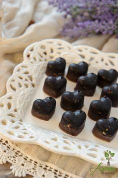 Ciocolata raw cu alune si stafide Healthy Recipes, Healthy Food, Beans, Vegetables, Desserts, Health Recipes, Health Foods, Healthy Nutrition, Beans Recipes