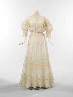 Dress  Date: ca. 1905   Culture: American   Medium: cotton