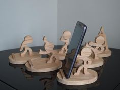 Iphone Stand, Cell Phone Stand, Cell Phone Holder, Unique Woodworking, Cool Woodworking Projects, Woodworking Jigs, Wooden Art, Wooden Toys, Wooden Phone Holder