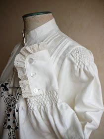 Anilegra moda para muñecas: Nido de abeja para una camisa de gallega tradicional
