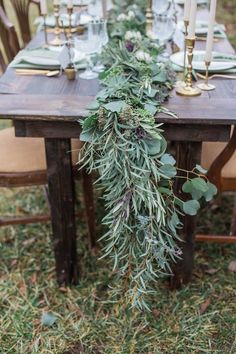 wedding centerpiece idea; photo: Conforti Photography